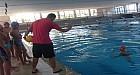 دوري لتعلم أبجديات السباحة