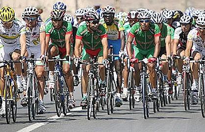 منتخب الدراجات حاضر بطواف الغابون