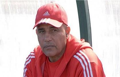 النادي المكناسي متشبث بتسوية مابذمة المدرب عبدالرحيم طاليب