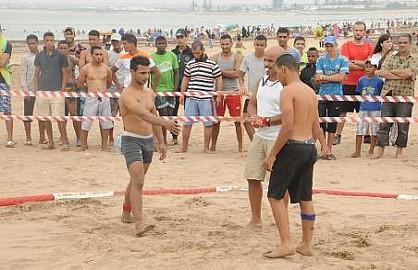 الجيش الملكي يفوز بكأس عيد الشباب 2014 أبطال المصارعة الشاطئية أبدعوا وحفل تتويج لفائدة الأبطال المميزين.