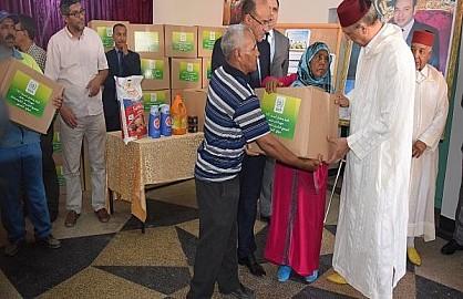 المجمع الشريف للفوسفاط يقوم بتوزيع مواد غذائية بمناسبة شهررمضان الأبرك بمدينة ابن جرير