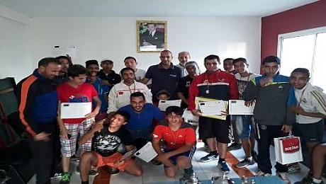 طاولة نادي الشباب البيضاوي تنجح في تنظيم الدوري