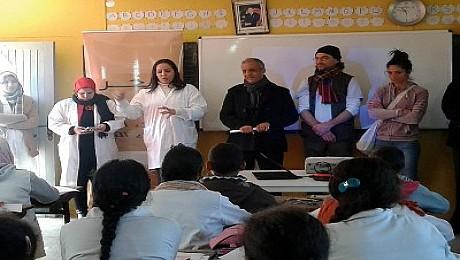 شركة اركول للصباغة تصنع الحدث في إطار برنامج تجميل مدرستي